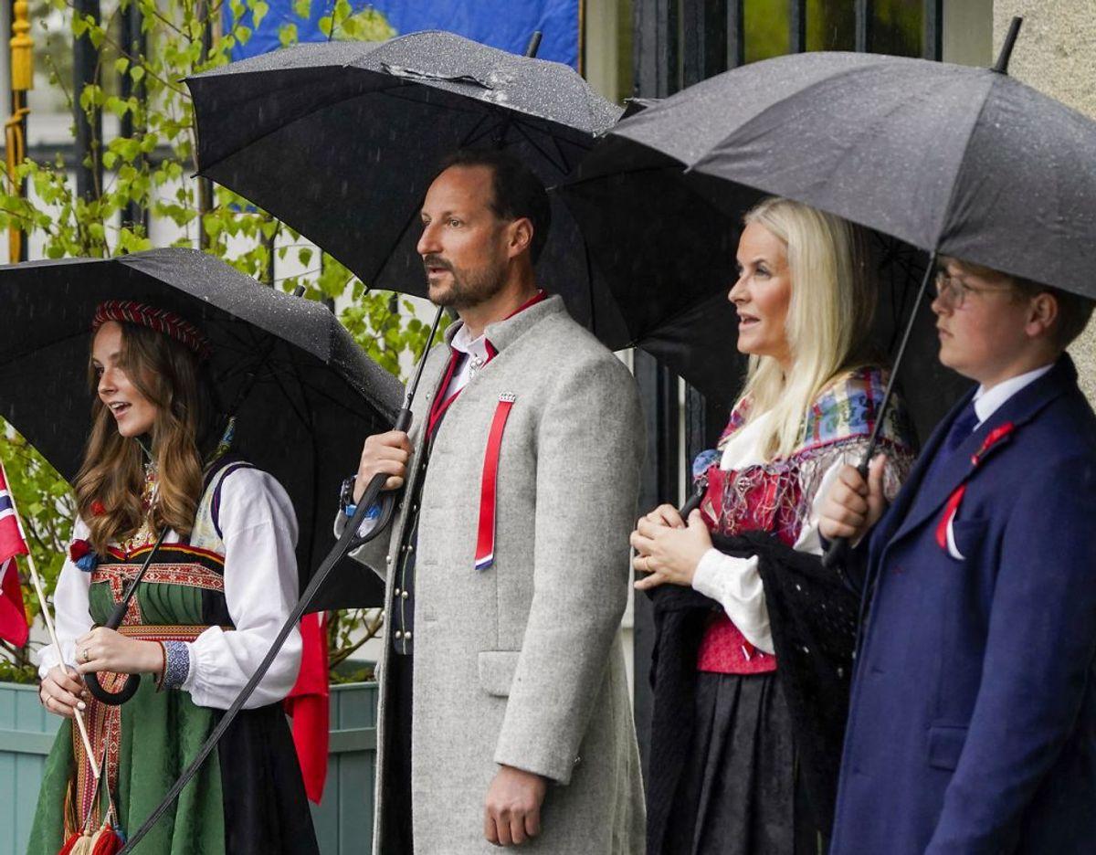Den norske kronprinsfamilien på nationaldagen den 17. maj 2021. Foto: Scanpix/Lise Åserud / POOL / NTB