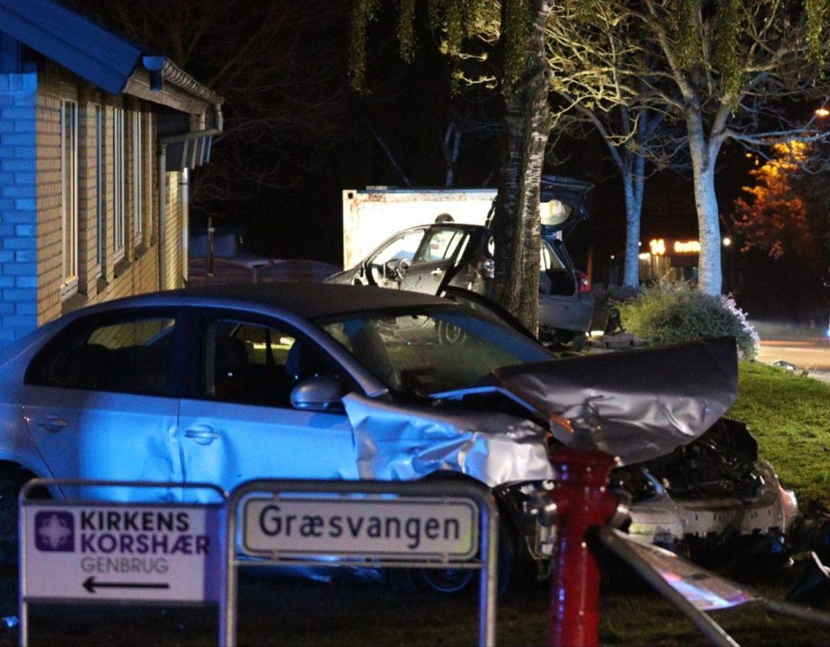 To biler var impliceret i en trafikulykke. Foto: presse-fotos.dk