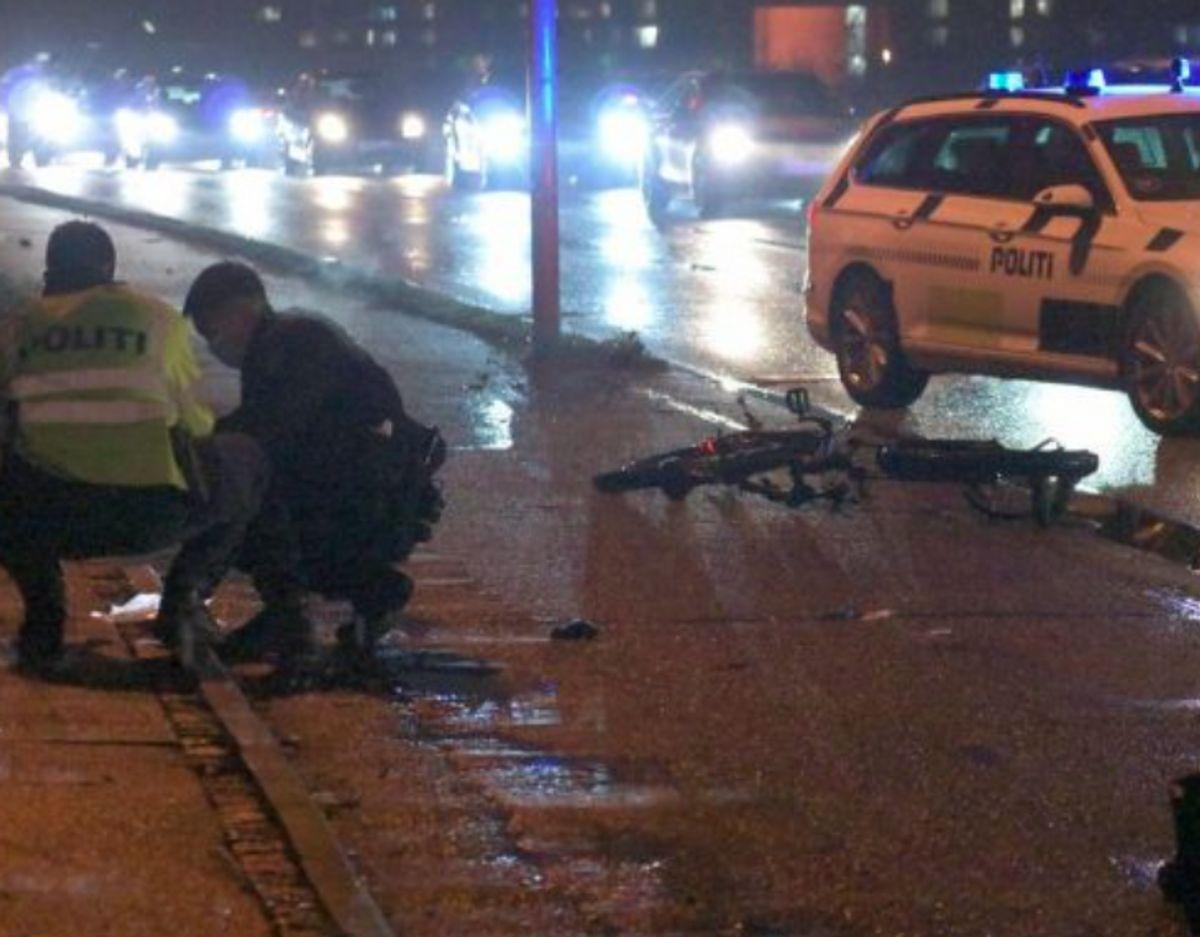 En cyklist blev i december 2020 ramt af en bil under en politijagt. Foto: Øxenholt Foto