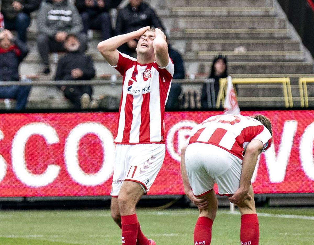 AaB's Tim Prica ærgrer sig i 3F Superliga-kampen mellem AaB og AC Horsens på Aalborg Portland Park, søndag den 16. maj 2021. Foto: Henning Bagger/Ritzau Scanpix