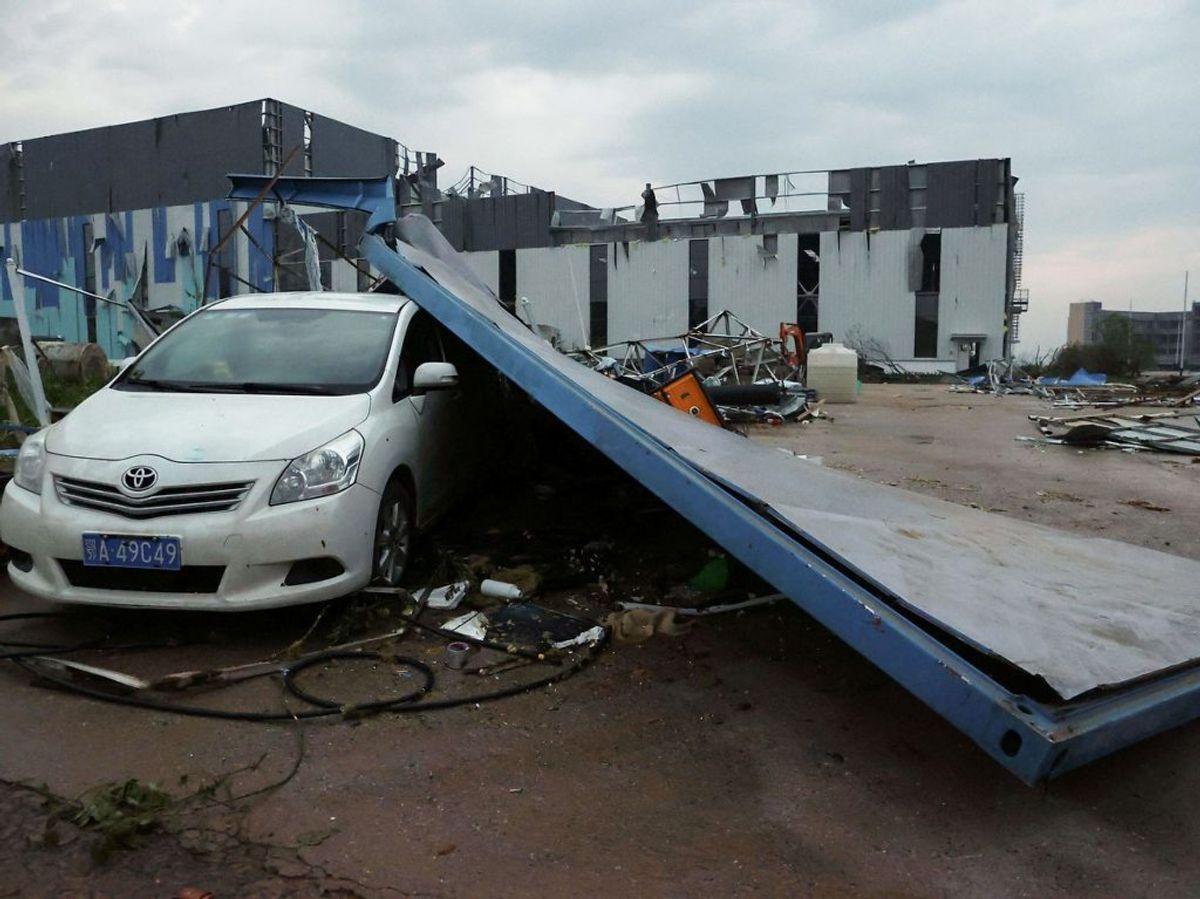Mindst syv personer skal være dræbt i uvejret. (Foto: STR / AFP) / China OUT).