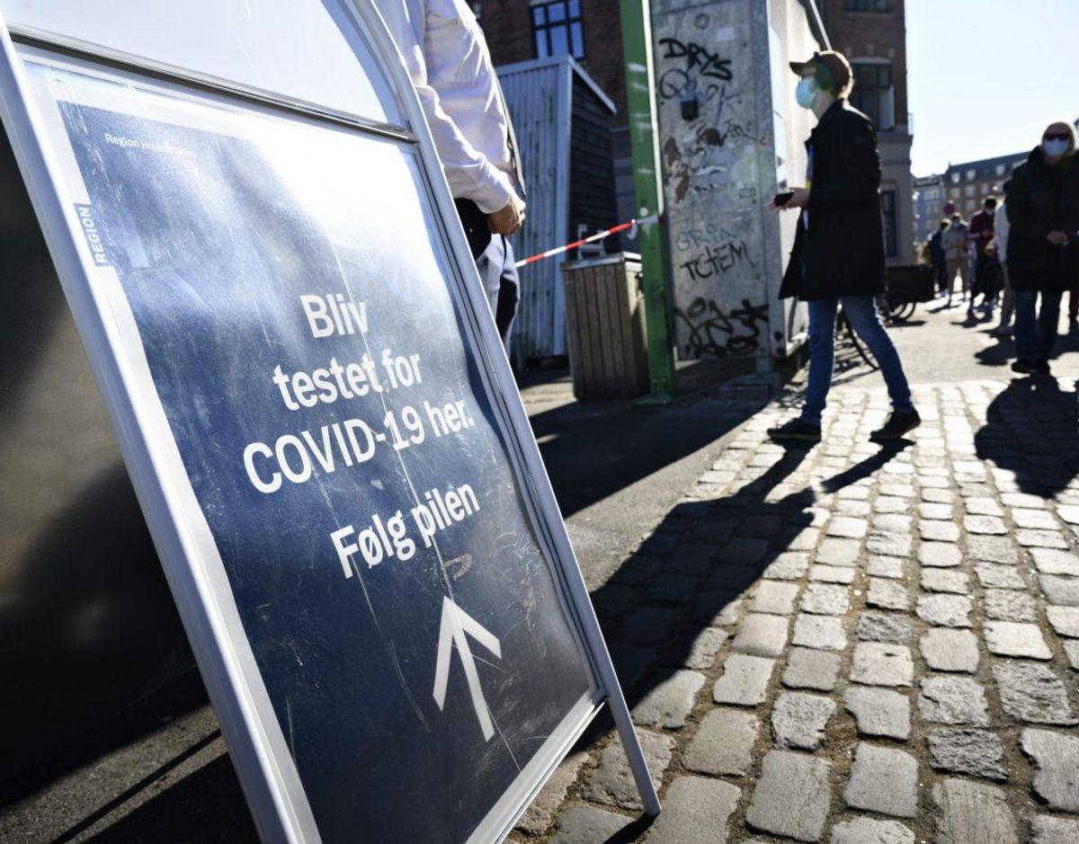 Den seneste tid har danskerne fået foretaget flere test for coronavirus. Det kan skyldes, at en negativ test kan bruges som adgangsbillet til eksempelvis restaurant- eller cafébesøg. – Foto: Philip Davali/Ritzau Scanpix