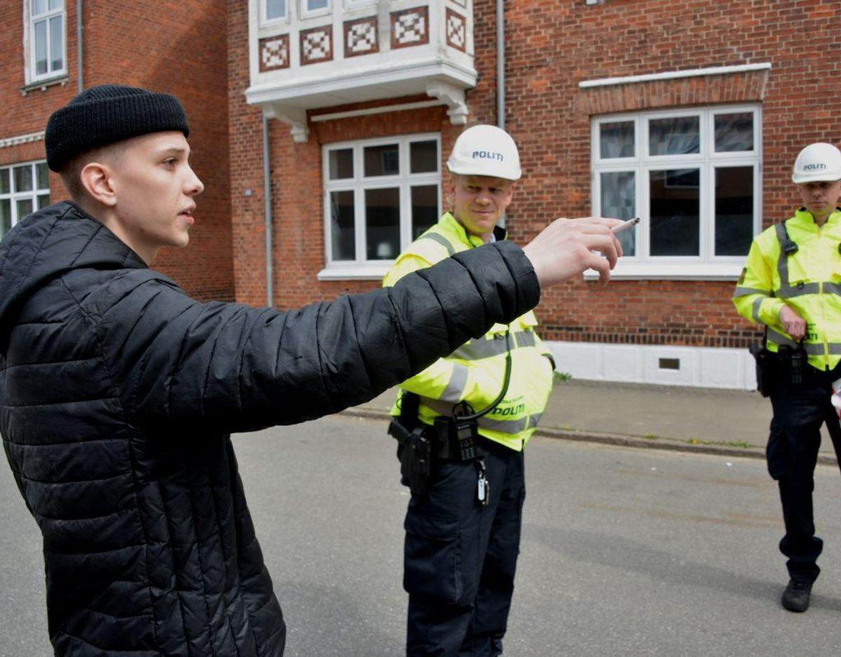 21-årige Mathias Jensen råbte alle ud af huset. Foto: Peter Langwithz Smith