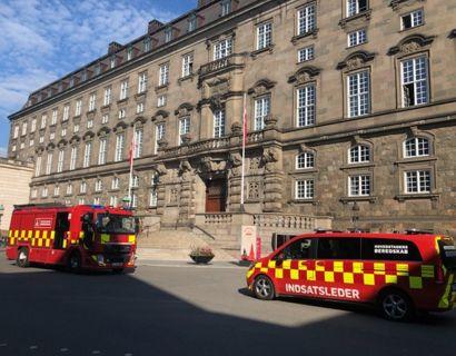 Brandalarmen gik mandag morgen på Christiansborg. Foto: Hovedstadens Beredskab.