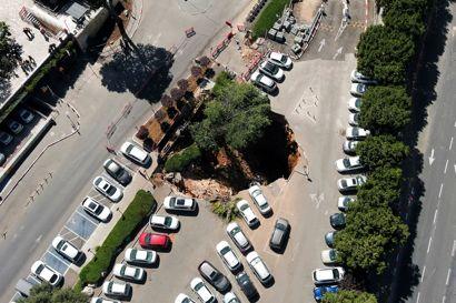 Pludselig åbnede jorden sig foran et hospital i Jerusalem