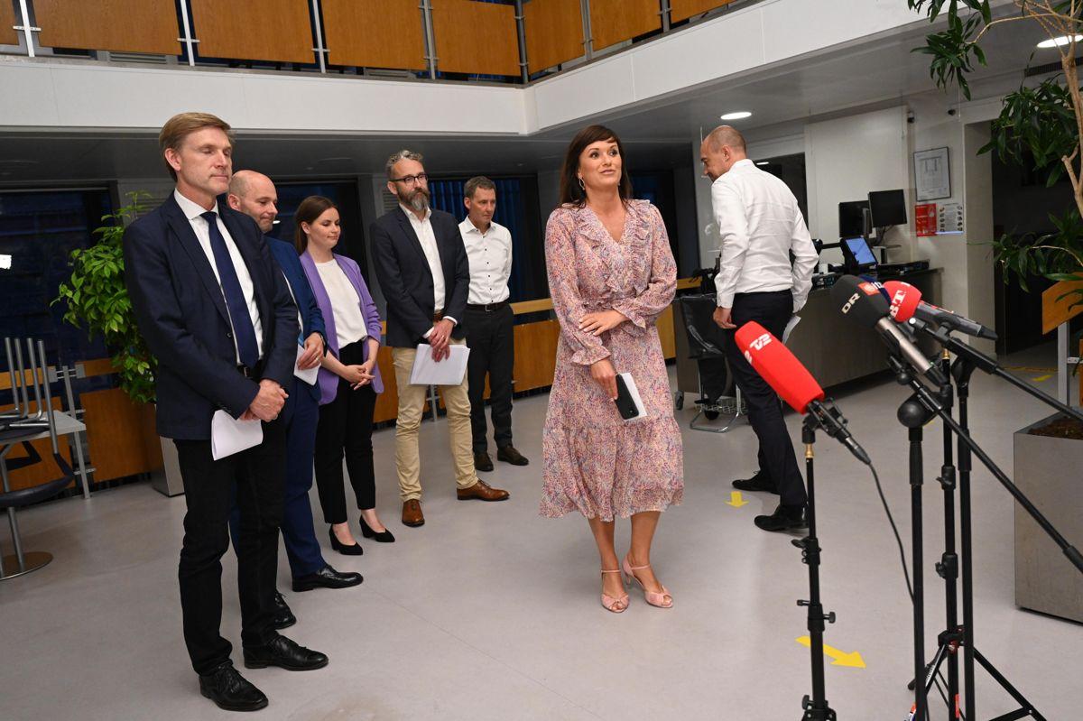 Der er meget mere frihed på vej til danskerne, efter at et flertal af Folketingets partier i nat blev enige om en ny genåbningsaftale.