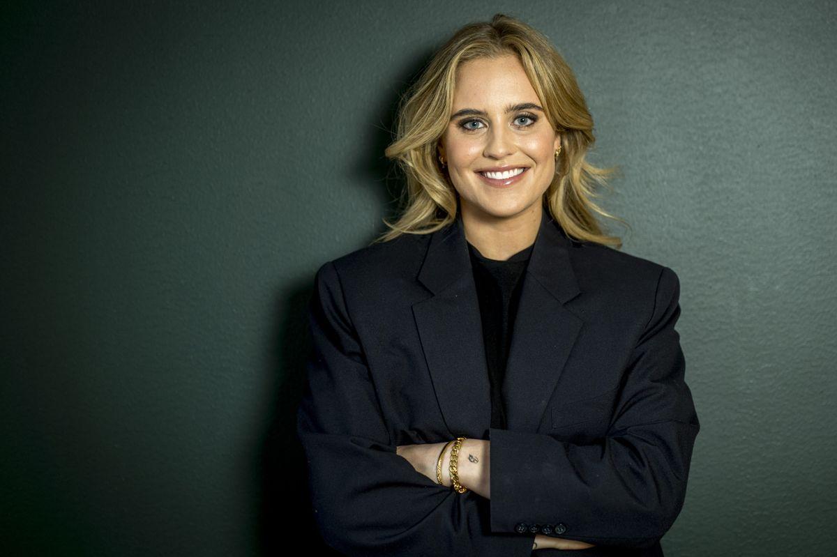 Sarah Bro satser på en ny karriere inden for tv-branchen, og nu springer hun ud som vært. (PR)