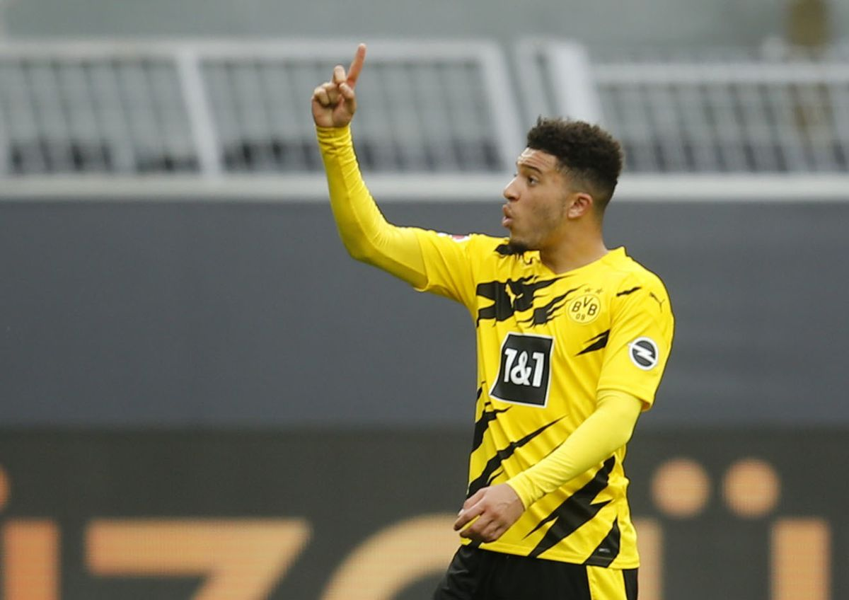 Jadon Sancho har spillet i Dortmund i næste fire år. Manchester United håber, at hans dage er ved at være talte i den tyske klub. Foto: Leon Kuegeler