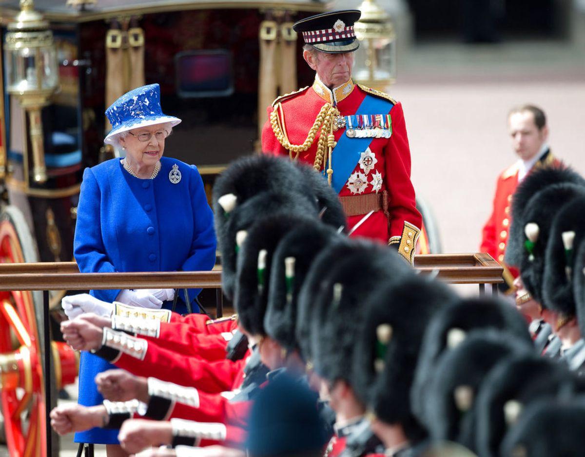 Billedet her er fra Trooping the Colour i 2013 hvor dronningen også havde sin fætter ved sin side. Foto: Scanpix/REUTERS/Paul Hackett