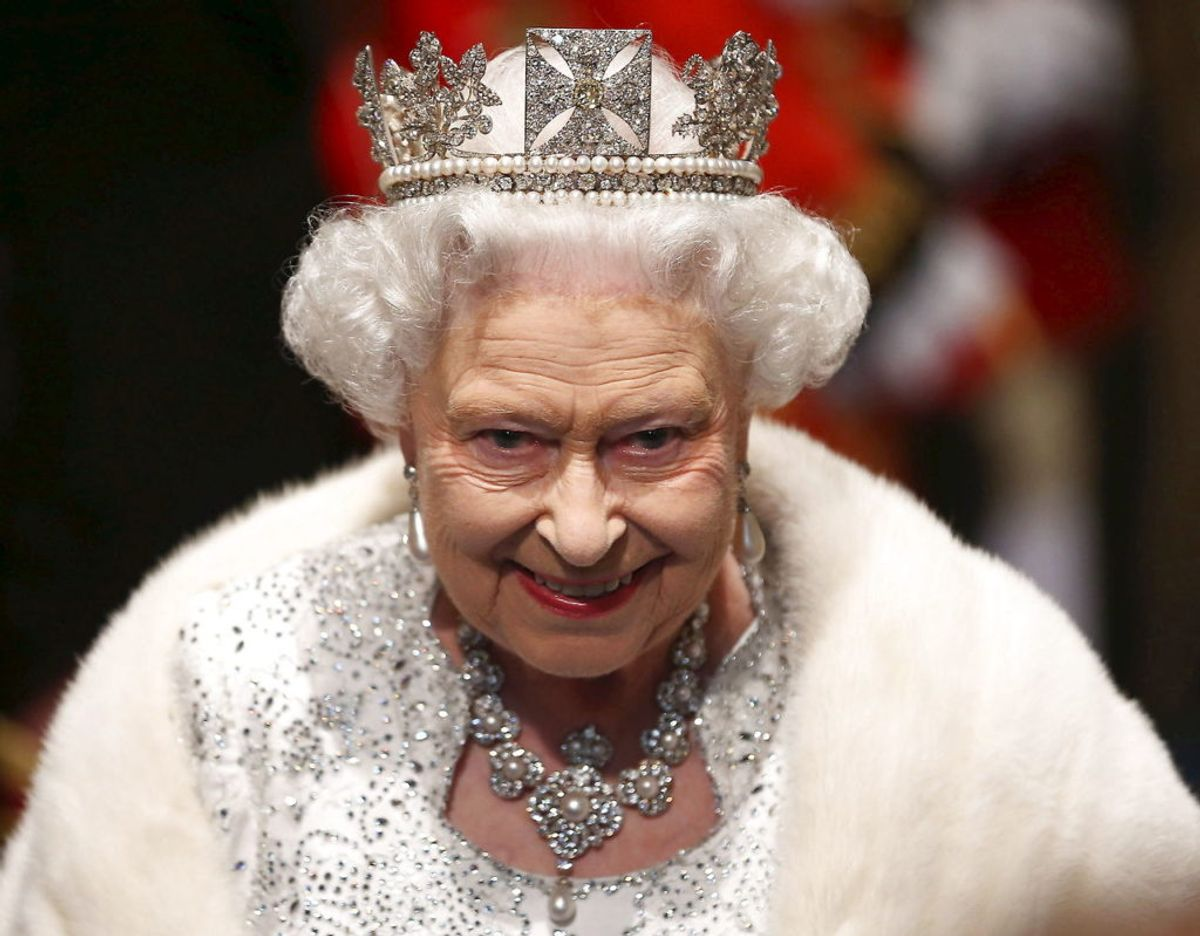 Den britiske dronning har siddet på tronen siden den 6. februar 1952. Hendes officielle kroning fandt dog først sted den 2. juni året efter. Foto: Scanpix/REUTERS/Dan Kitwood/Pool