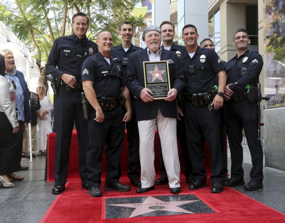 I 2019 blev Stacy Keach hyldet i Los Angeles og tildelt en stjerne i Hollywood Walk of Fame. Den 2. juni fylder han 80 år. – Foto: Willy Sanjuan/Ritzau Scanpix