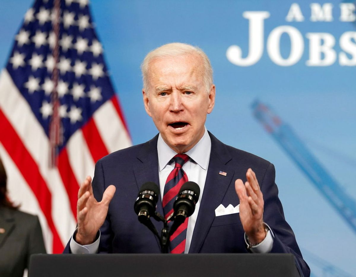 Joe Biden bliver den 13. i raækken af amerikanske præsidenter, der møder dronningen. Foto: Scanpix/REUTERS/Kevin Lamarque/File Photo