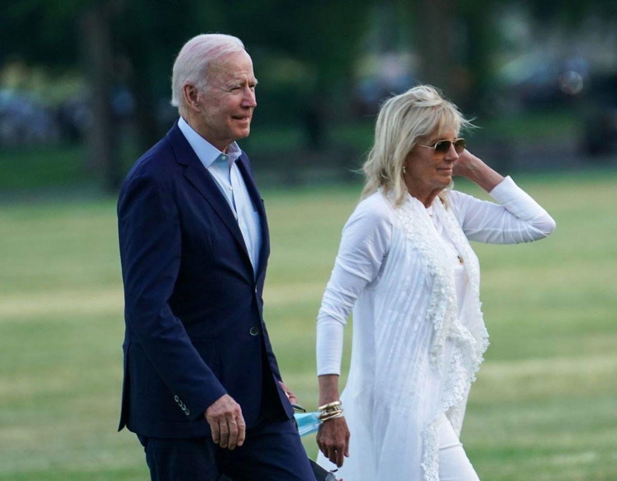 Joe Biden vil være ledsaget af sin hustru, Jill Biden, under sit besøg i Storbritannien. Foto: Scanpix/REUTERS/Sarah Silbiger