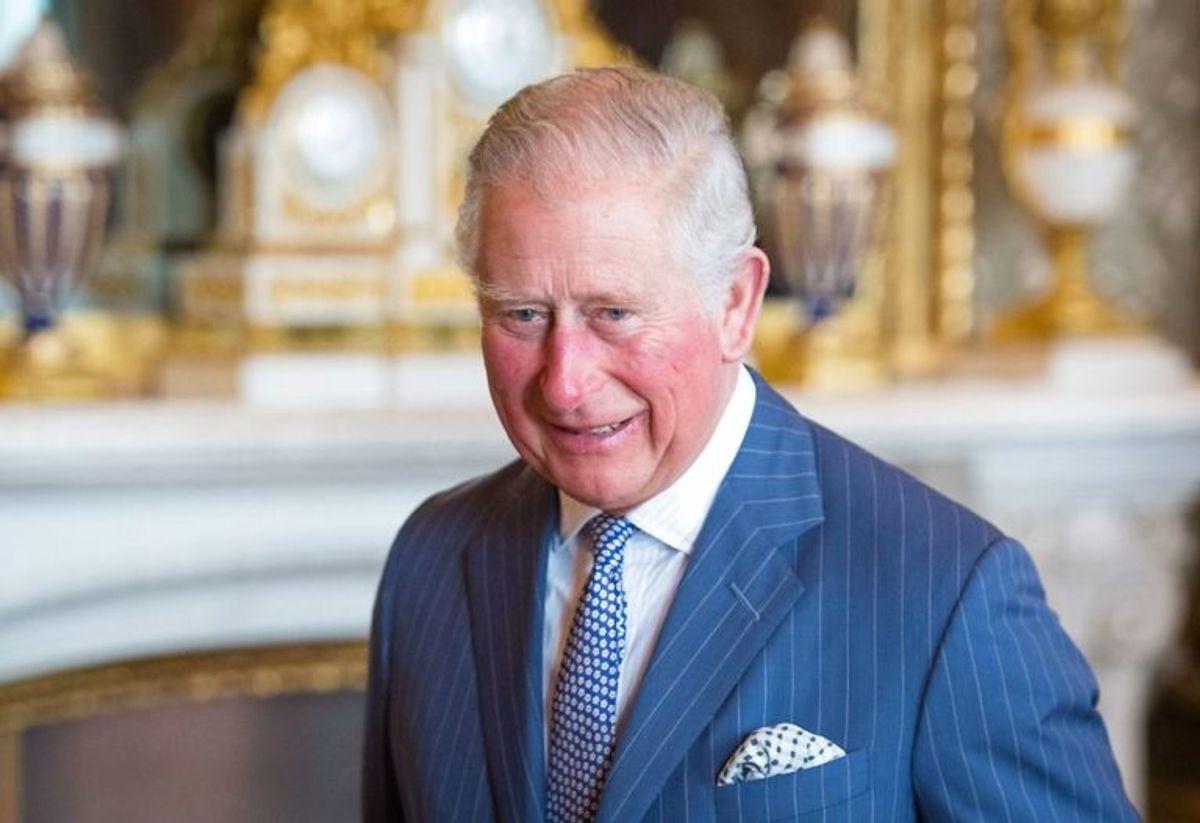 Der er ingen officiel højde på prins Charles, men man mener, at den er 175 centimeter. Foto: Scanpix