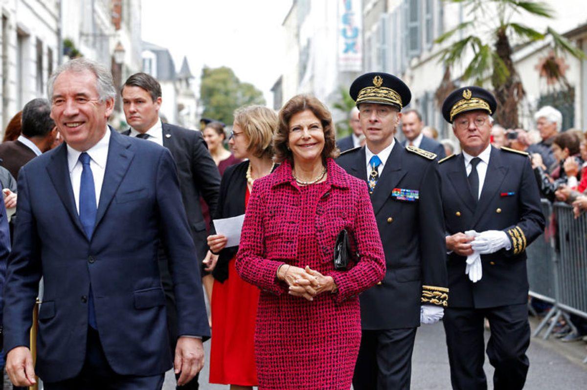 Dronning Silvia er kun 165 centimeter høj. Foto: Scanpix