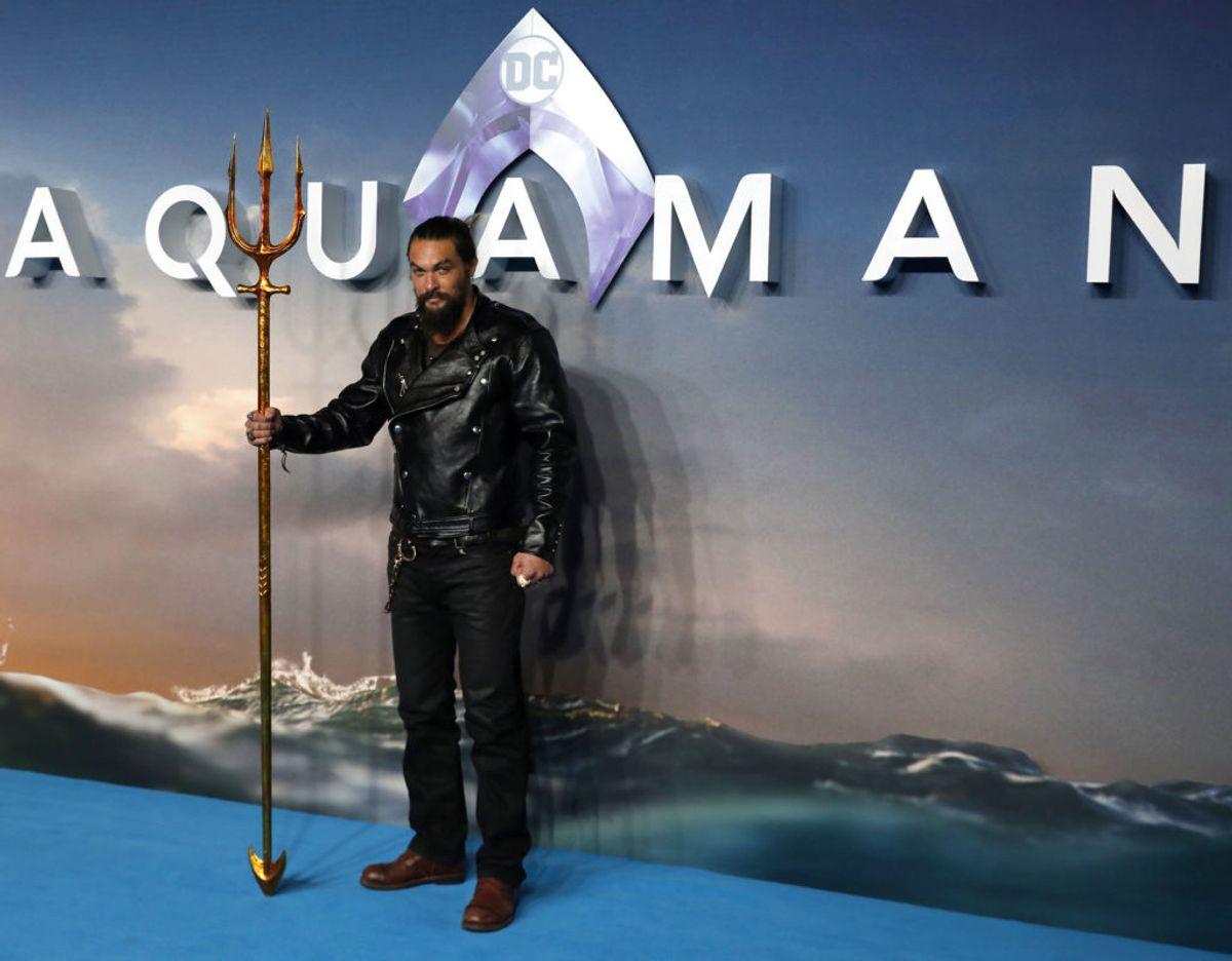 Det er Jason Momoa, som spiller hovedrollen som Aquaman i DC-superheltefilmen. Foto: Simon Dawson/REUTERS