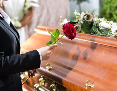 John Langley, der skabte TV reality-serien 'Cops' døde lørdag som følge af et hjerteanfald. Han blev 78 år gammel. Foto: Scanpix/