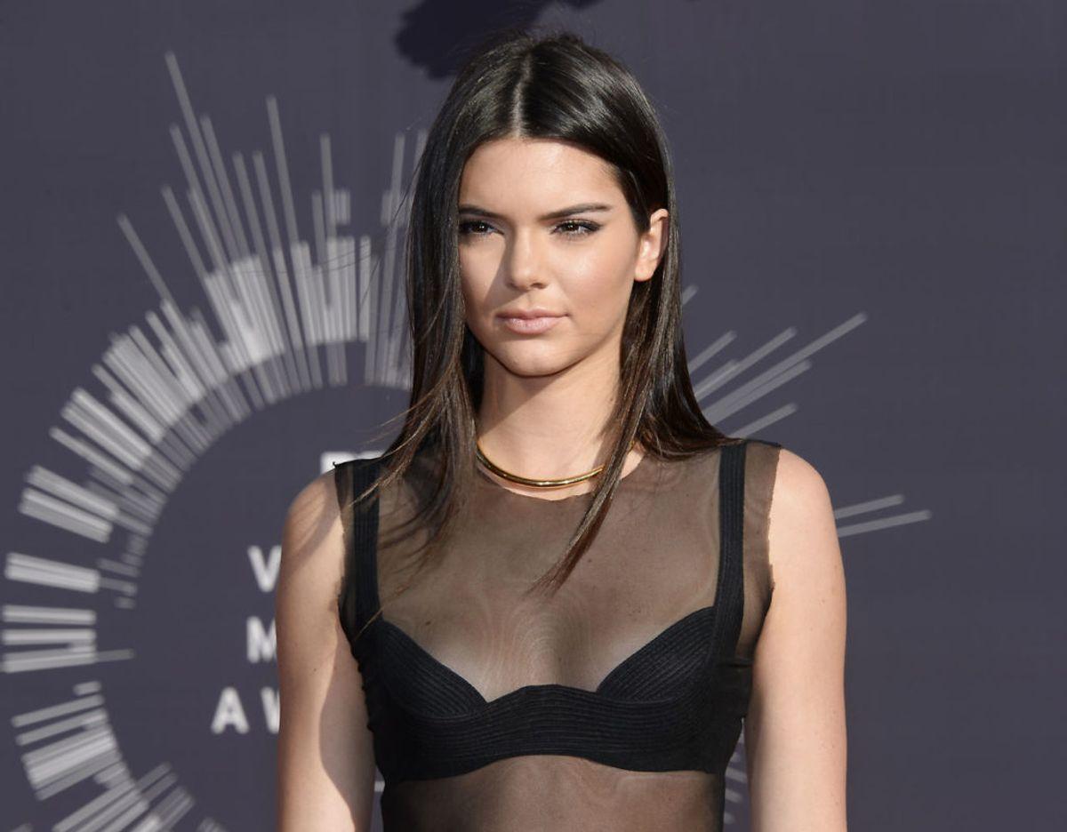 Kendall Jenner burde egenlig kunne føle sig rimelig sikker. Hun har for eksempel sit eget, bevæbnede vagtkorps. Klik videre for flere billeder. Foto: Scanpix/REUTERS/Kevork Djansezian