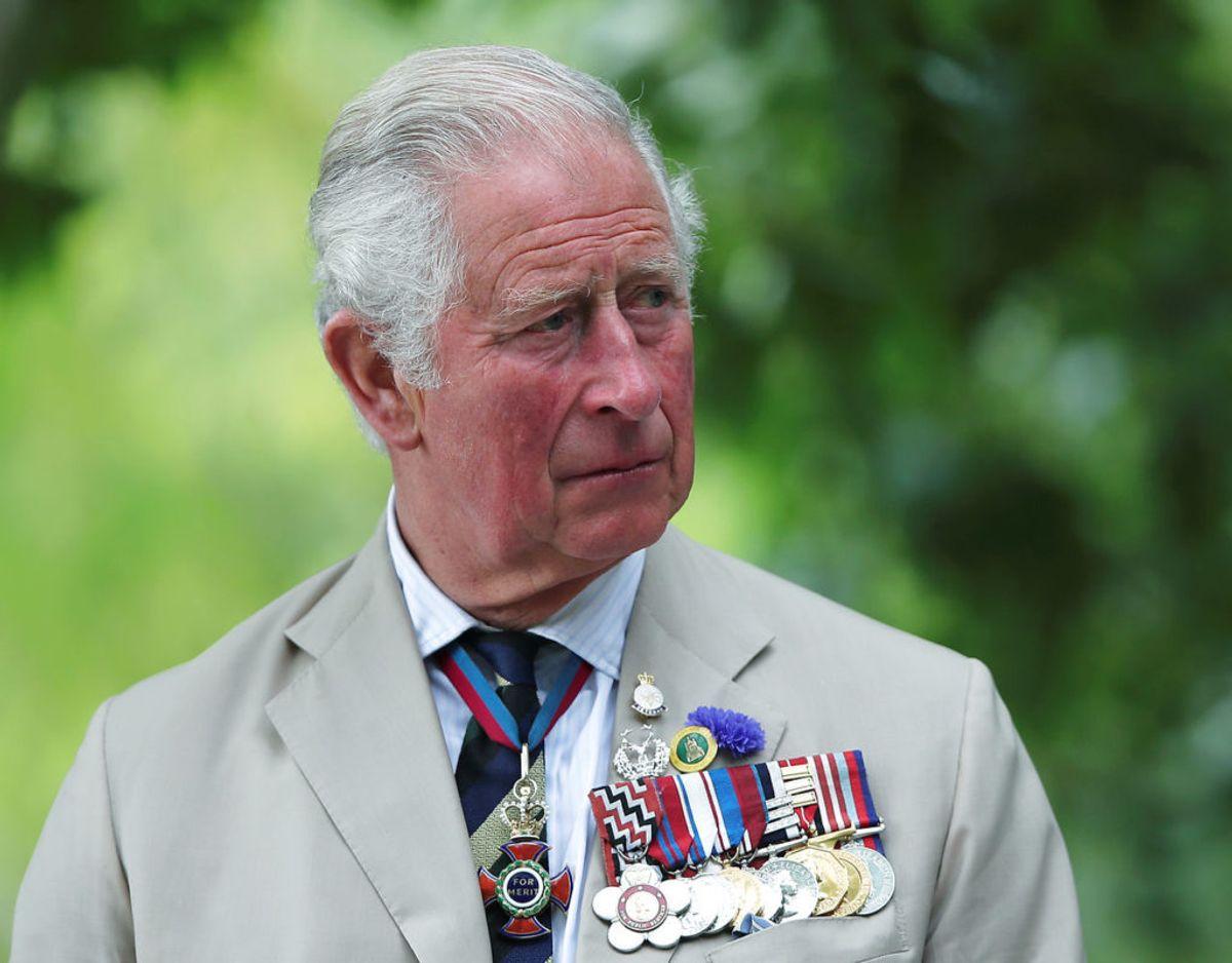 Prins Charles blev tilbage i marts 2020 konstateret smittet med covid-19. Han havde heldigvis et ganske mildt forløb og er kommet sig fuldt ud. Klik videre for flere billeder. Foto: Scanpix/REUTERS/Molly Darlington/Pool/File Photo