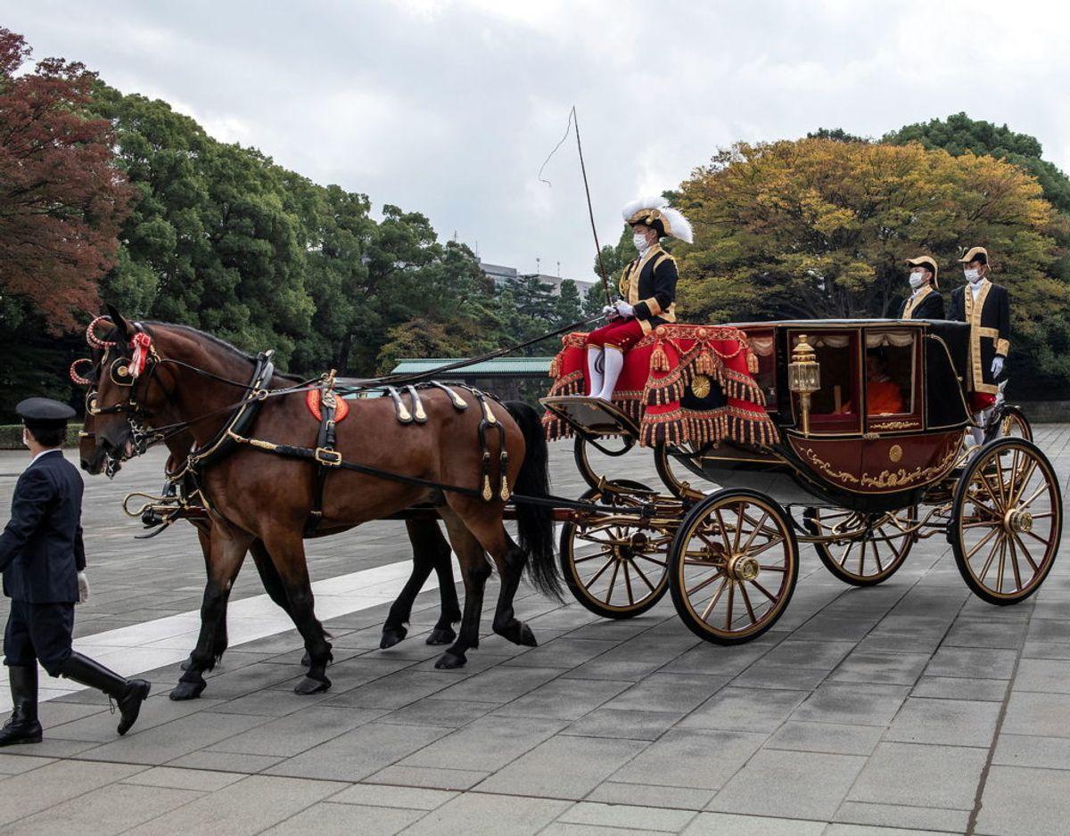 Kronprins Fumihito forlader paladset i Tokyo. Foto: Scanpix/Carl Court/Pool via REUTERS