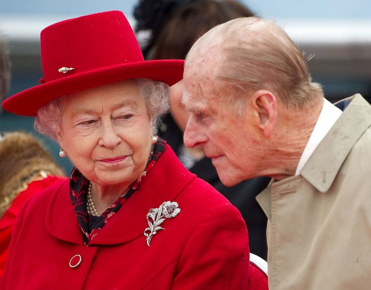 Dronning Elizabeth er nu tilbage  i London. Prins Philip derimod er blevet på 'Wood Farm', Der er en del af Sandringham ejendommen i Norfolk. Klik videre i galleriet for flere billeder. Foto: Scanpix/REUTERS/Paul Hackett/File Photo