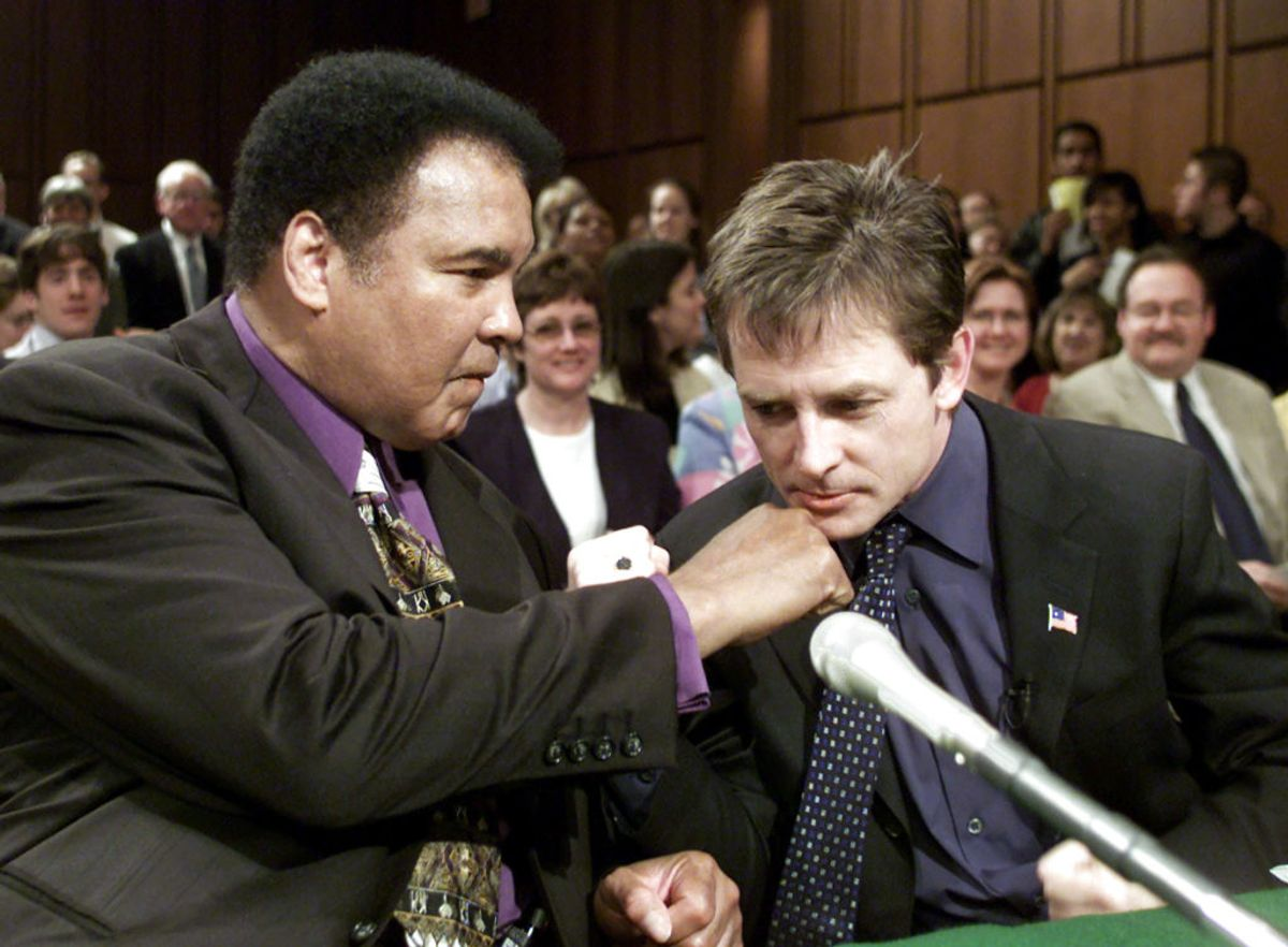 Både Muhammad Ali og Michael J. Fox har gjort et stort arbejde for at gøre opmærksom på sygdommen. KLIK og se andre kendte, der er – eller har været – ramt. Foto: William Philpott/Scanpix.