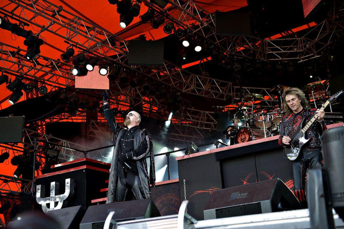 Glenn Tipton (th.), guitarist i Judas Priest, er tidligere i 2018 stoppet i bandet på grund af Parkinsons.  Foto: Rune Evensen/Scanpix.