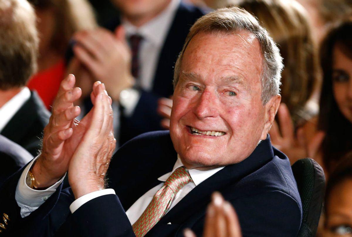 Den tidligere amerikanske præsident George H. W. Bush led også af Parkinsons sygdom. Foto: Kevin Lamarque/Scanpix.
