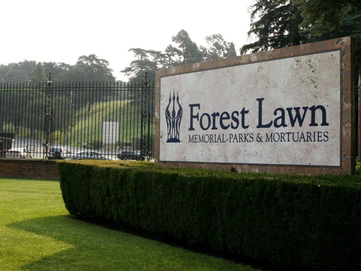 Den 24. juli blev Naya Rivera bisat ved Forest Lawn Memorial Park i Los Angeles. Foto: REUTERS/Fred Prouser