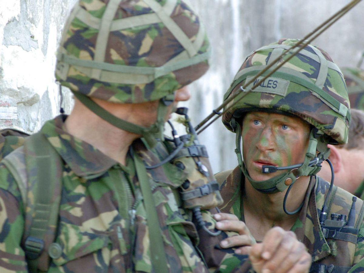 Tidligere har prins Harry arvet en militærtitel fra prins Philip grundet Harrys engagement i felten. Foto: REUTERS/Corporal Ian Holding/RLC/MoD