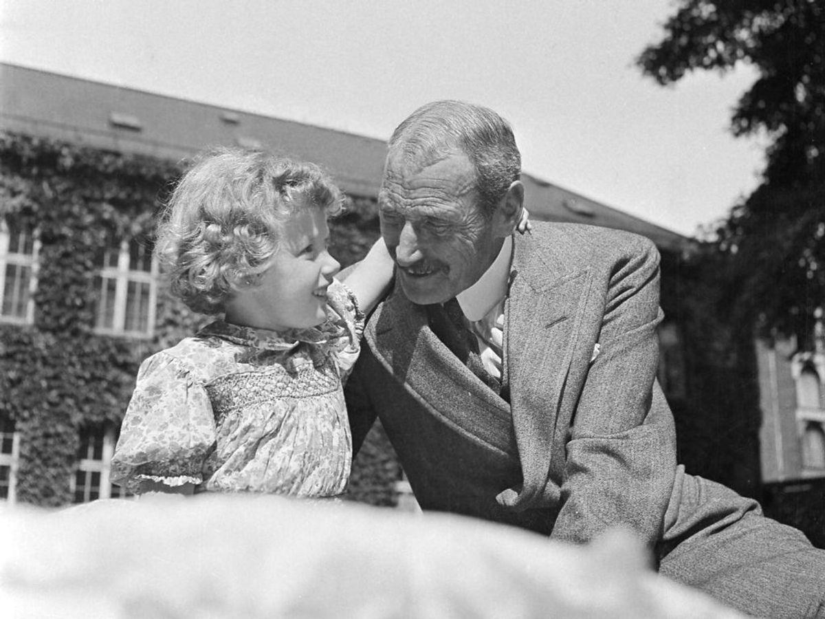 1946: Prinsesse Margrethe og Kong Christian den 10. Foto: Inga Aistrup / SCANPIX