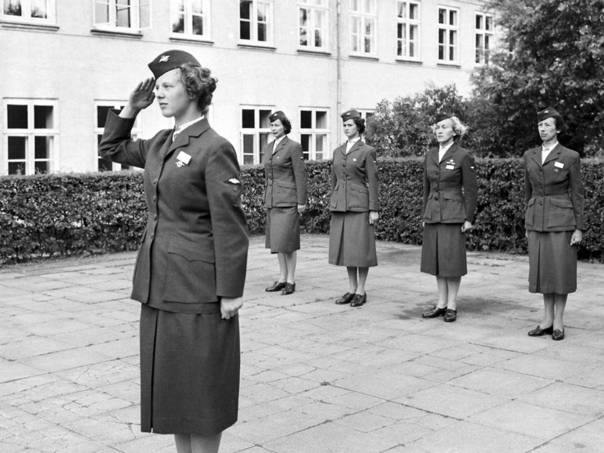 1959: Tronfølger Prinsesse Margrethe som elev ved Kvindeligt Flyverkorps Gruppeførerskole. Foto: Allan Moe / SCANPIX