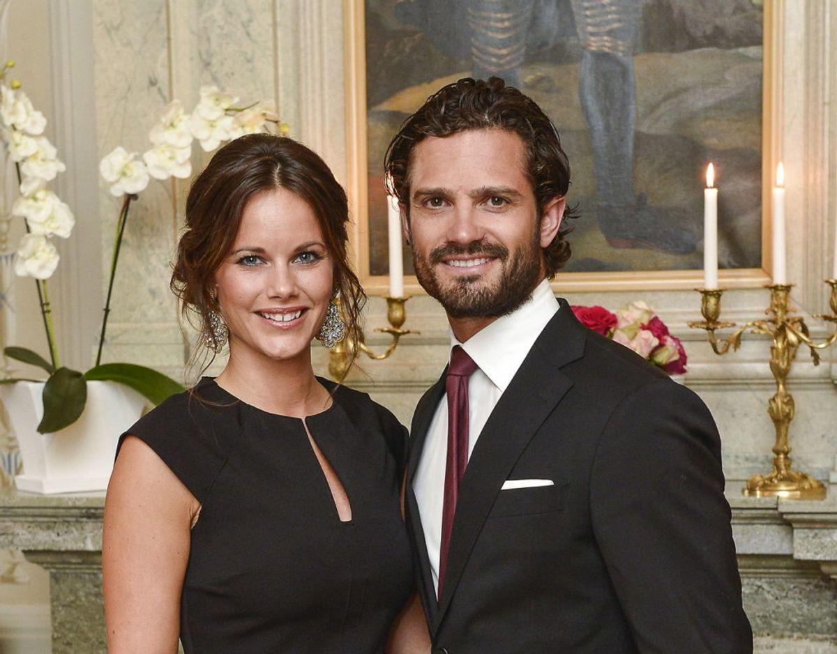 På grund af coronakrisen har prins Carl Philip og prinsesse Sofia i år valgt at henlægge deresw sommerferie til hjemlandet Sverige. Foto: Scanpix/REUTERS/Jonas Ekstromer/TT News Agency