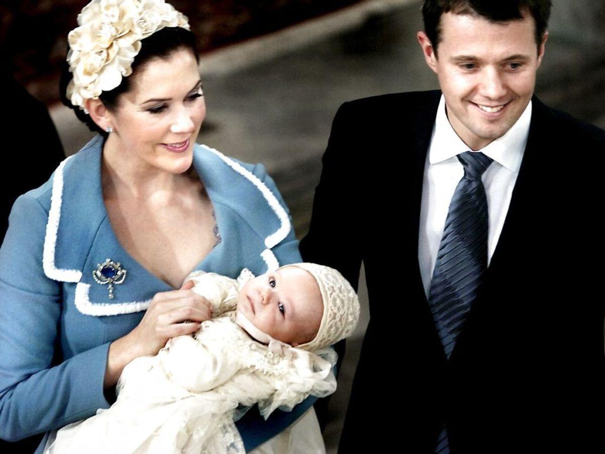 2006: Kronprins Frederiks og kronprinsesse Marys søn Christian Valdemar Henri John i blev døbt i Christiansborg Slotskirke. Foto: Torben Stroyer / SCANPIX