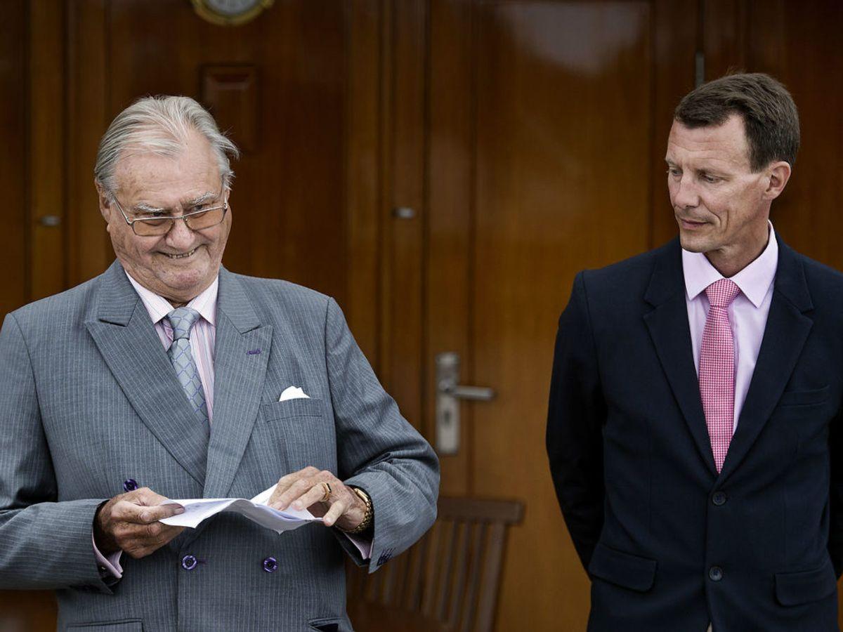 2017: Sammen med sin nu afdøde far, prins Henrik.