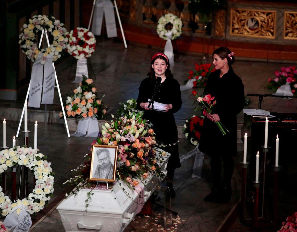 Maud Angelica Behn taler ved begravelsen af Ari Behn den 3. januar i år. Klik videre for flere billeder. Foto: NTB Scanpix/Hakon Mosvold Larsen via REUTERS