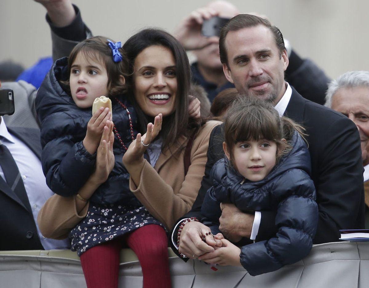 Joseph Fiennes er gift med den schweiziske model María Dolores Diéguez med hvem han har to døtre. Foto: Scanpix/REUTERS/Max Rossi