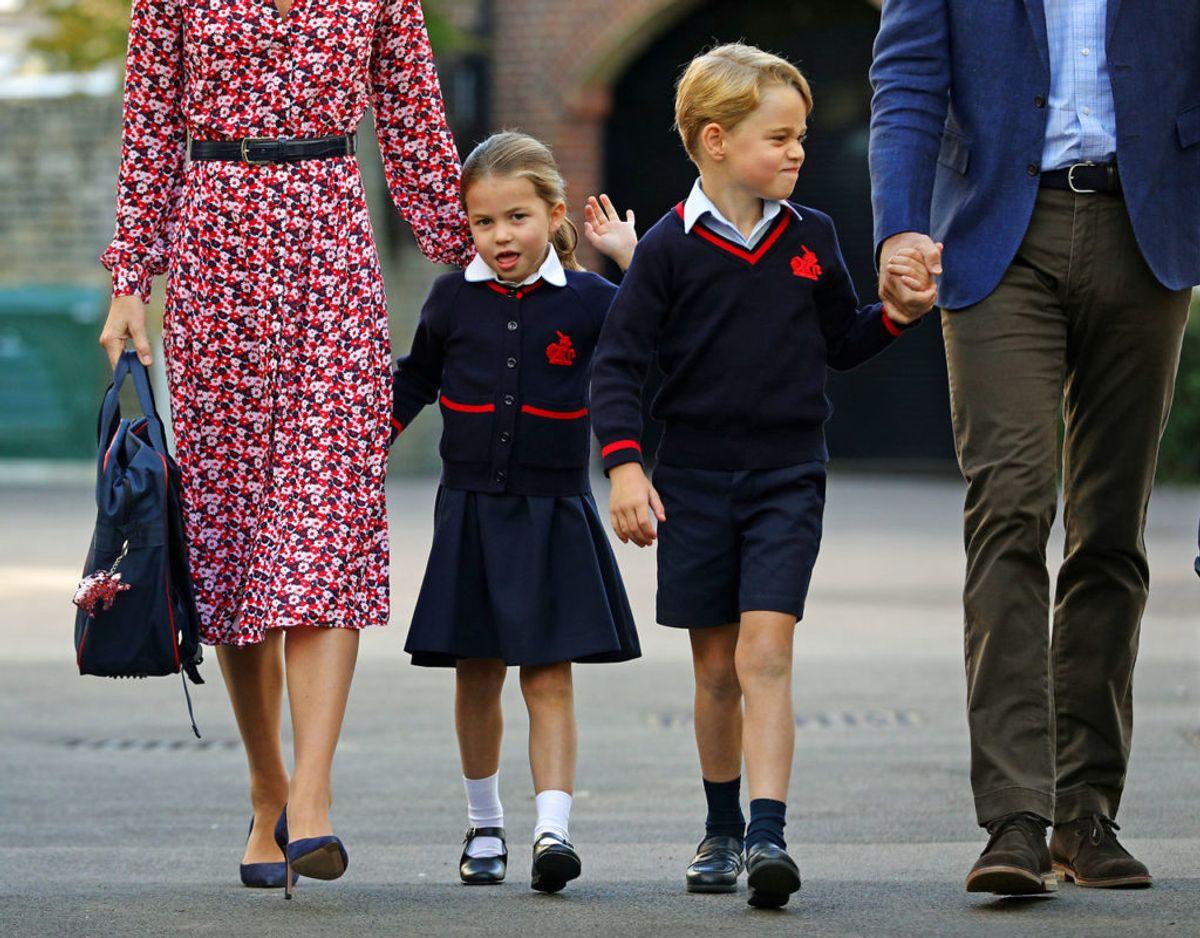 Skolen er er lukket på grund af corona-pandemien og prins George og prinsesse Charlotte skal derfor alligevel have fjernundervisning. Klik videre for flere billeder. Foto: Scanpix/ Aaron Chown/Pool via REUTERS