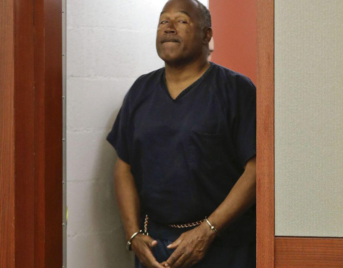 O.J. Simpson. Han har ni anholdelser. Blandt dem (selvfølgelig) mord, væbnet røveri, overfald og overtrædelse af kautionsbetingelser. Foto: Julie Jacobson/Scanpix.