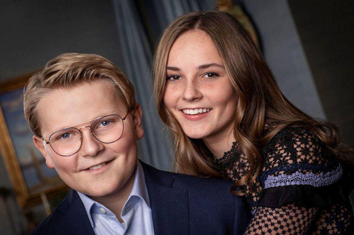 Prinsesse Ingrid Alexandra (th.) af Norge er i dag 15 år gammel. Hun går i skole i Oslo. (Foto: Scanpix)
