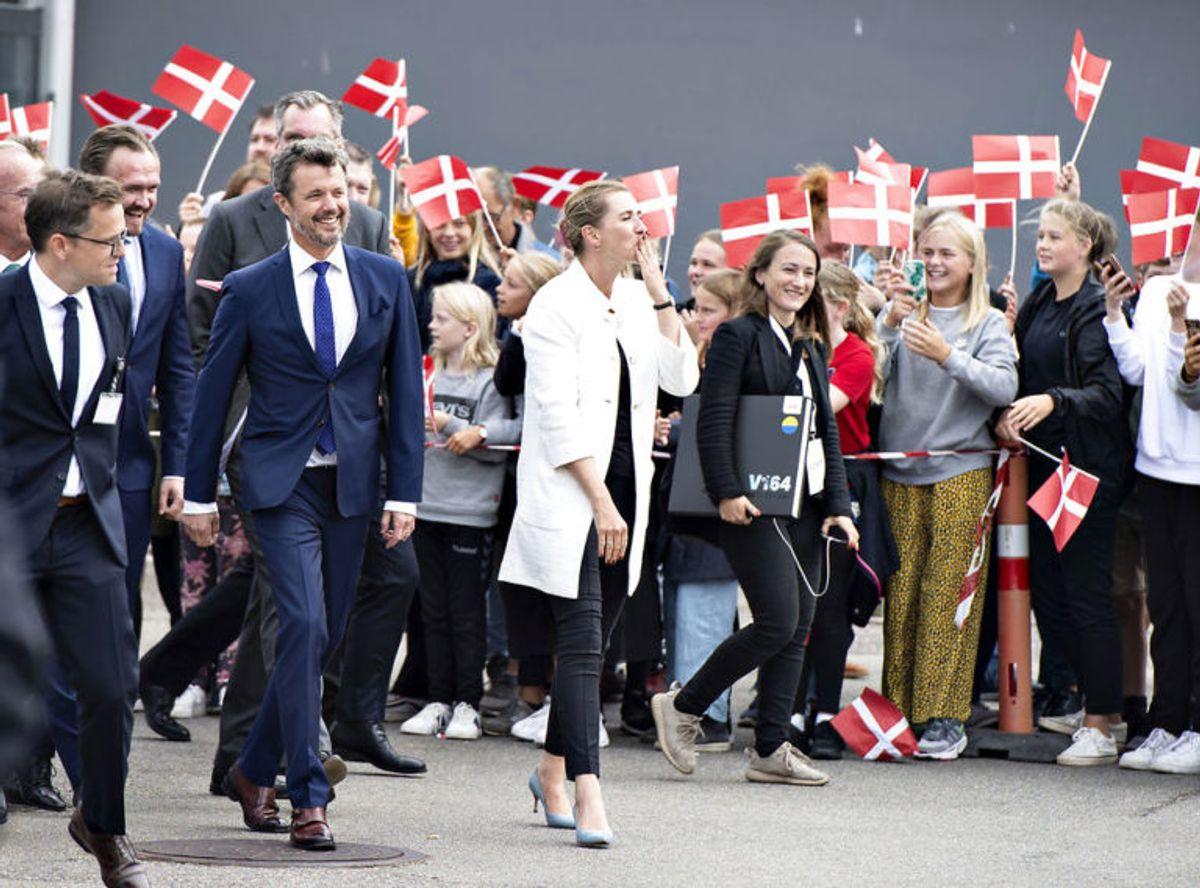 Kronprins Frederik var med, da den store havmøllepark blev åbnet. Foto: Foto: Henning Bagger/Ritzau Scanpix. KLIK for mere.