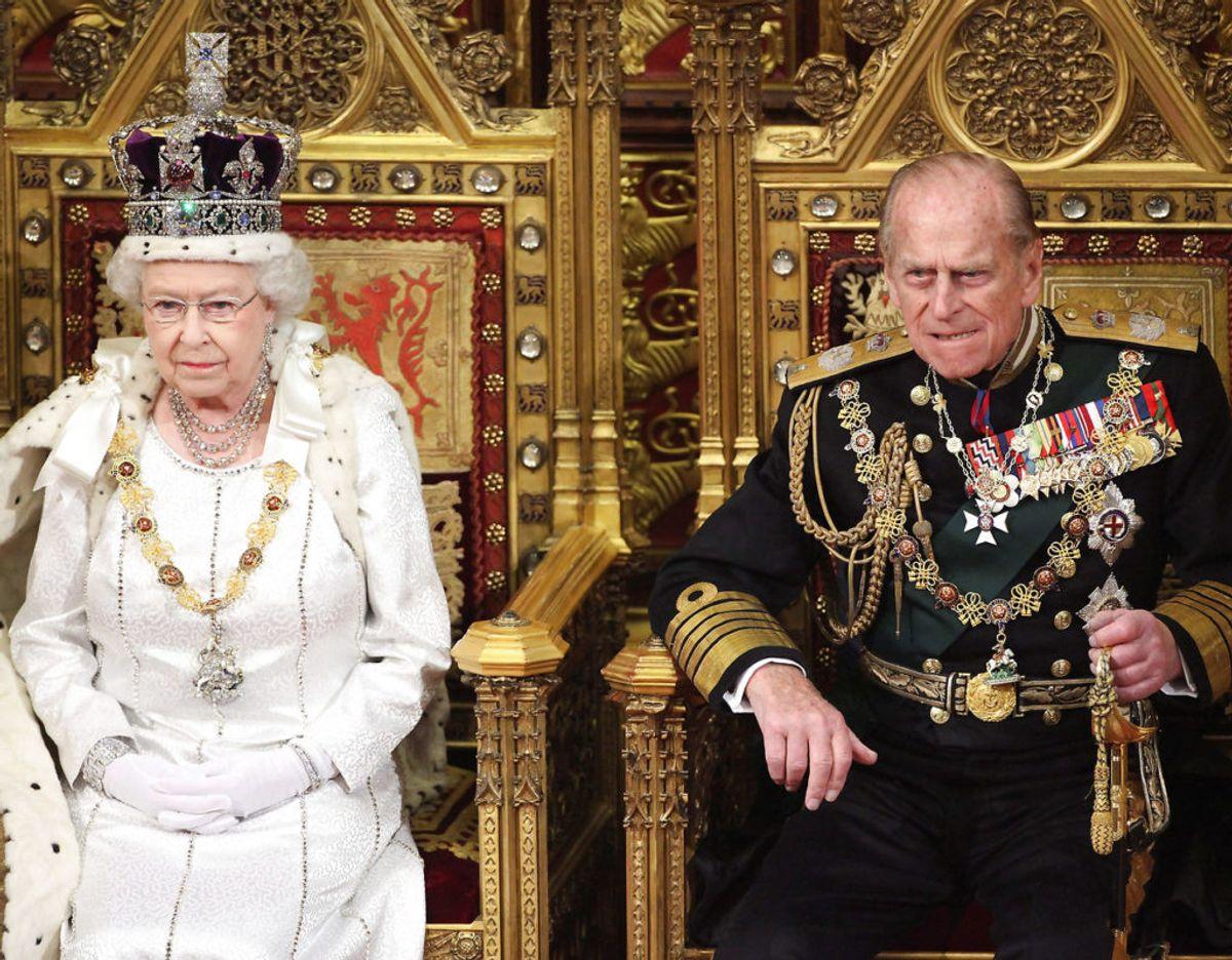 Der kan gå uger imellem dronningen og prins Philip mødes. De taler til gengæld i telefonen sammen hver dag. Klik videre i galleriet for flere billeder. Foto: POOL New/Scanpix