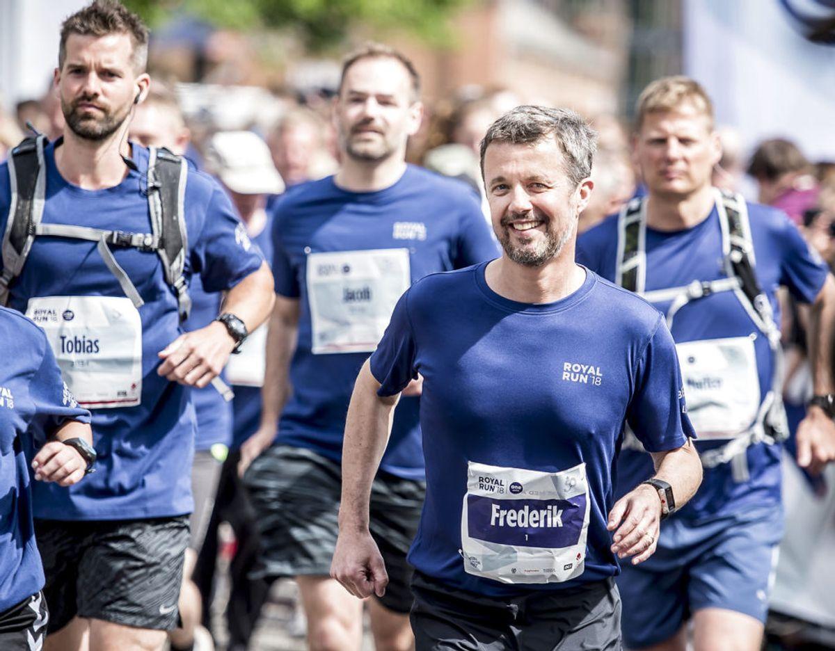 I år skal kronprinsen igen deltage i Royal Run i landets tre store byer og på Færøerne. Foto: Scanpix