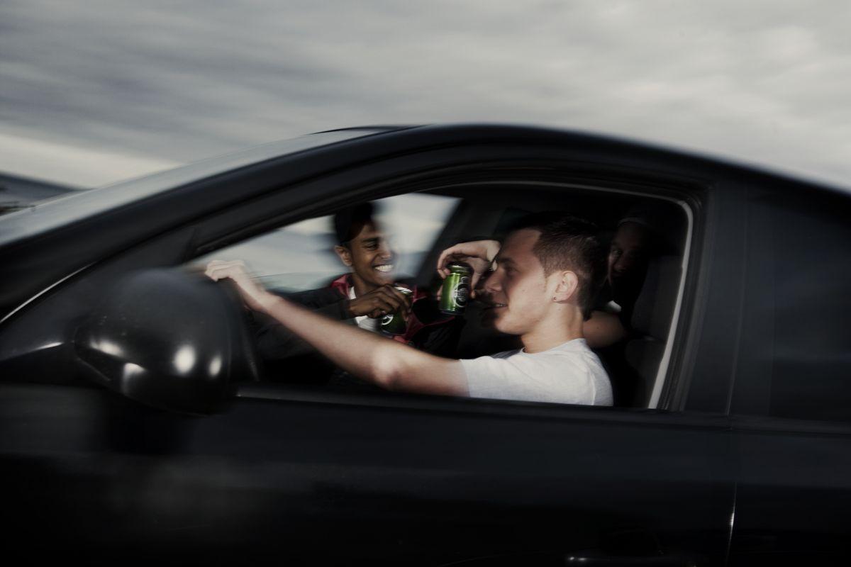 Flere unge i spritkørsel og ulykker