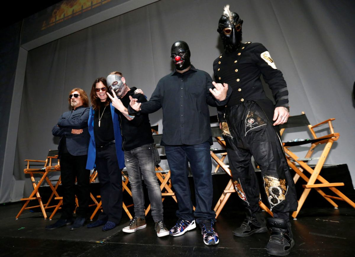 Shawn Crahan (2. fra højre). ses her med blandt andre Ozzy Osbourne. Foto: Mario Anzuoni/Scanpix.