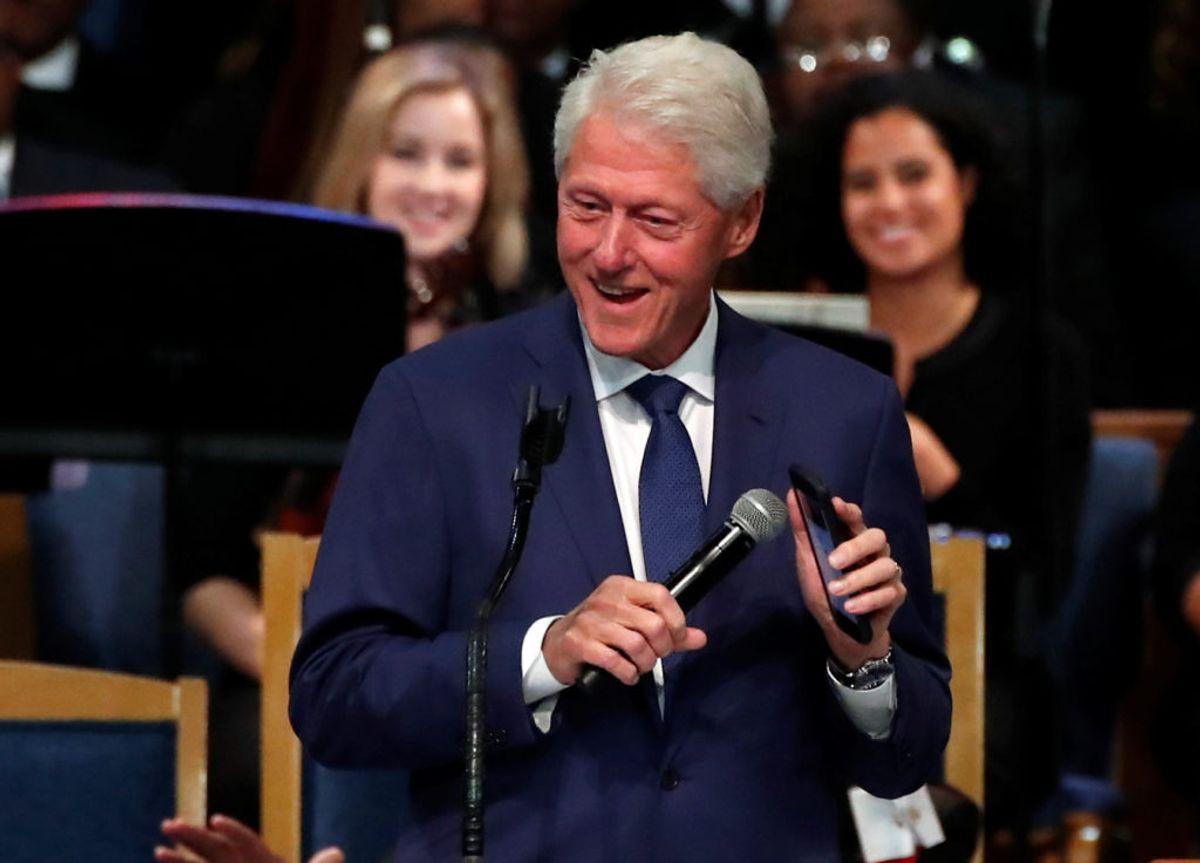 Tidligere præsident Bill Clinton deltog også i begravelse. Foto: Mike Segar/Scanpix.