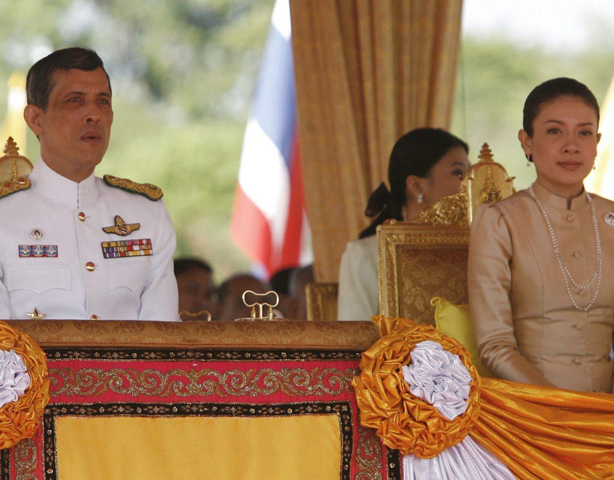 Den thailandske kronprins, Maha Vajiralongkorn, lod sig i  2015 skille fra sin hustru Srirasmi.  Foto:  SrirasmiREUTERS/Chaiwat Subprasom/Files (THAILAND