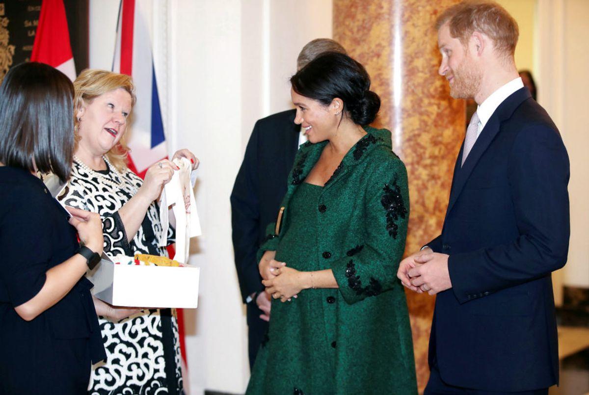 Der er gaver til de kommende forældre. KLIK og se mere – blandt andet fra prins Louis' fødsel. Foto: Chris Jackson//Scanpix.