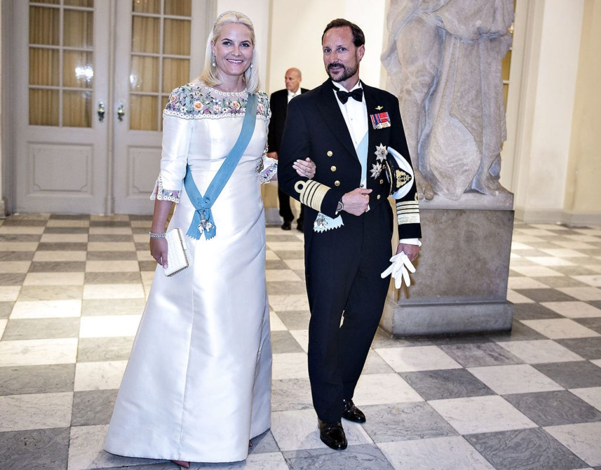 Mette-Marit levede et noget rebelsk liv, før hun mødte kronprins Haakon. I dag er hun kron prinsesse af Norge. Foto: Henning Bagger/Ritzau Scanpix.