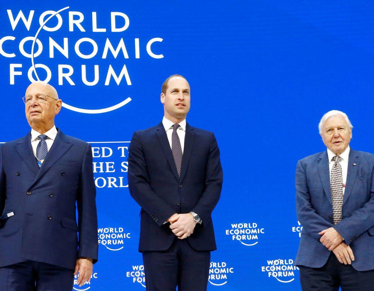 Ved formelle begivenheder ryger slipset dog på igen – som her ved det økonomiske topmøde i Davos. Foto: Scanpix